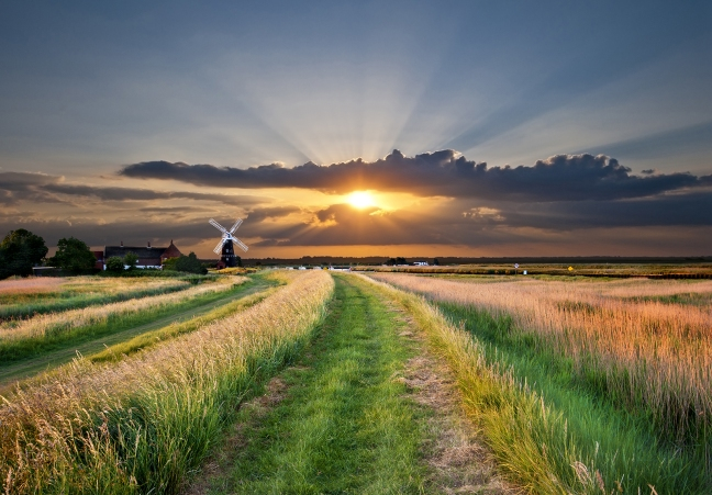 east-anglia-england-rural-scene-norfolk-suffolk-cambridgeshire-essex